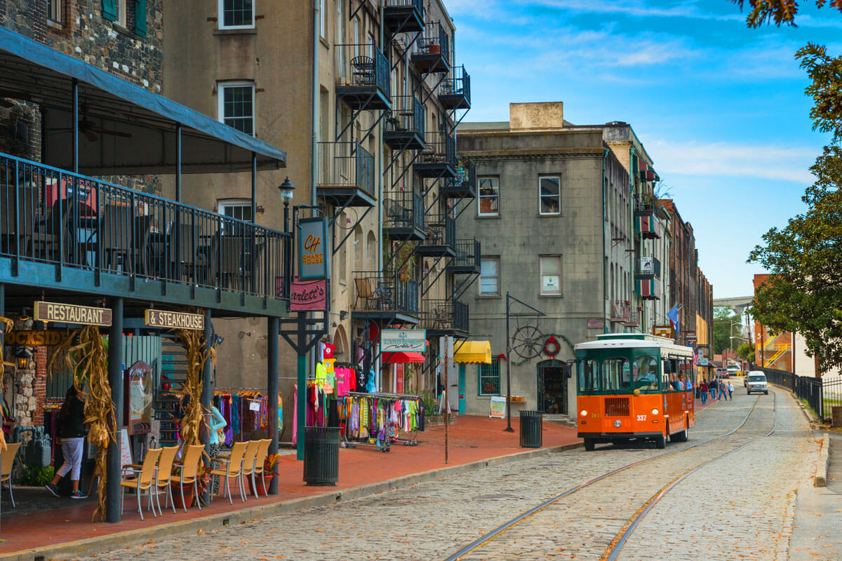 Old Town Trolley tour stop along River Street